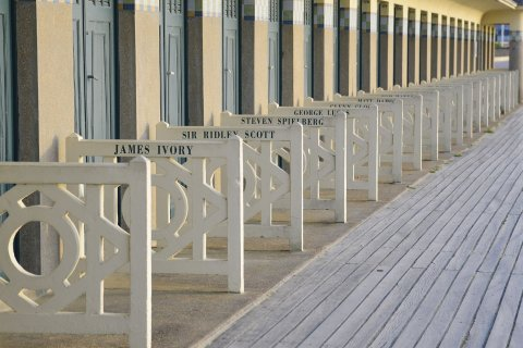 deauville_-_les_planches_beatrice_augier.jpg