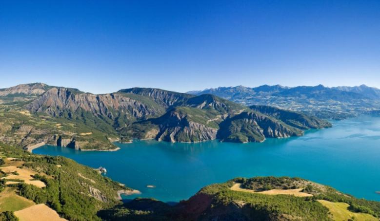Serre-Ponçon, Haute Alpes